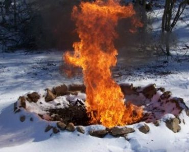 The Simple Way To Start A Fire In The Snow Off The Grid News