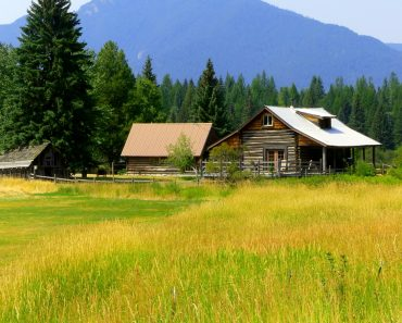 22 Essential Tools You Need To Live Off-Grid