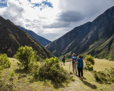5 Steps To Stay Healthy On The Trail When Bugging Out