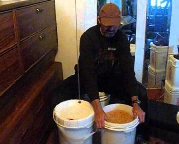 prepping video # 1 store wheat berries food storage when SHTF food shortage prepare Now